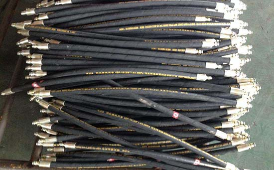 油田用液压油管接头